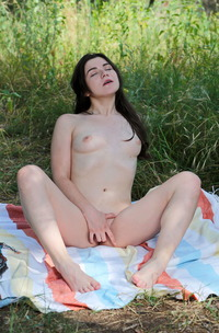 Hayli Sanders Naked And Masturbating To One Orgasm After Another