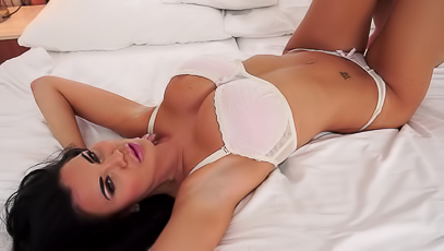 Big Boobed Jasmine Jae Plays With Glass Dildo